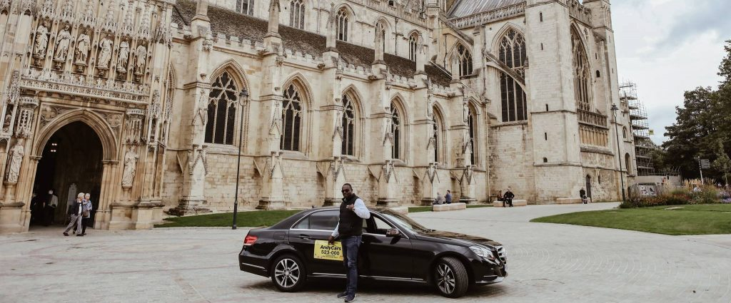 Taxi at Gloucester Cathedral